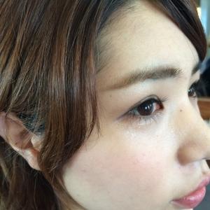 新しい記事: 眉の色で顔が変わりますよ!!!