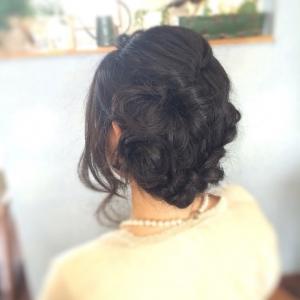 新しい記事: 黒髪でも可愛いお呼ばれSET