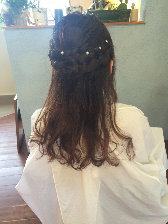 ココナッツオイルの○○と結婚式のセットハーフアップ編