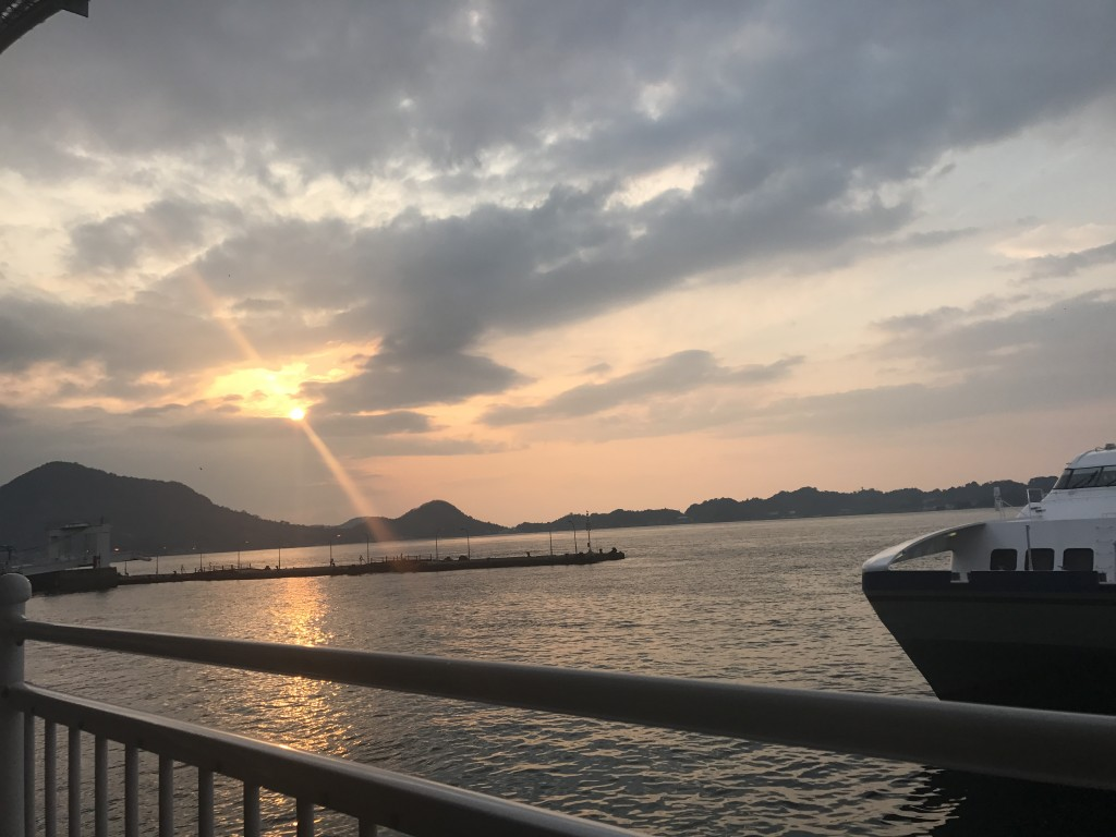 船で〜の休日