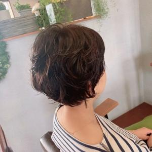 以前の記事: 髪のクセもいい感じに〜スタイルです